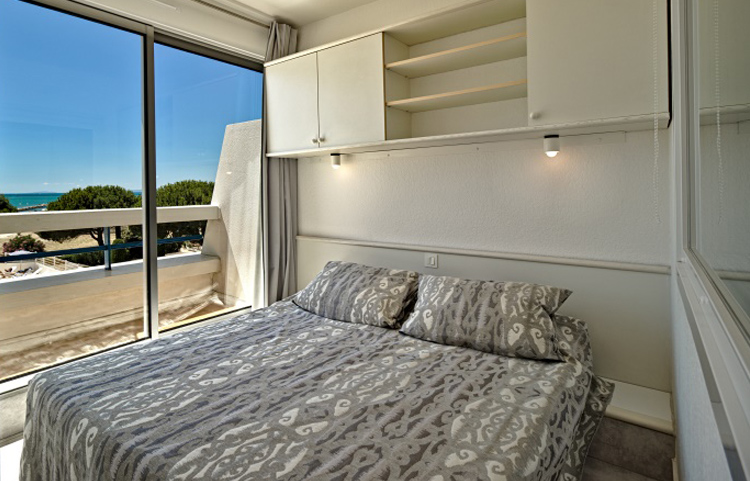 Chambre appartement P2 Résidence Ulysse