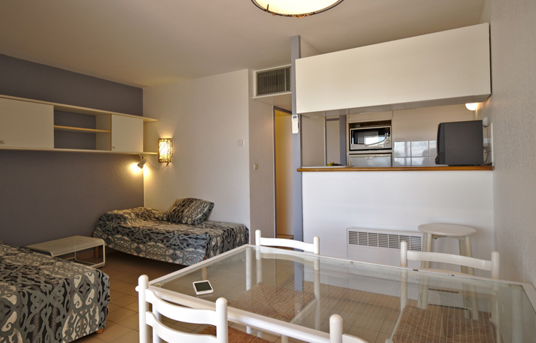 Salon appartement P2 Résidence Ulysse