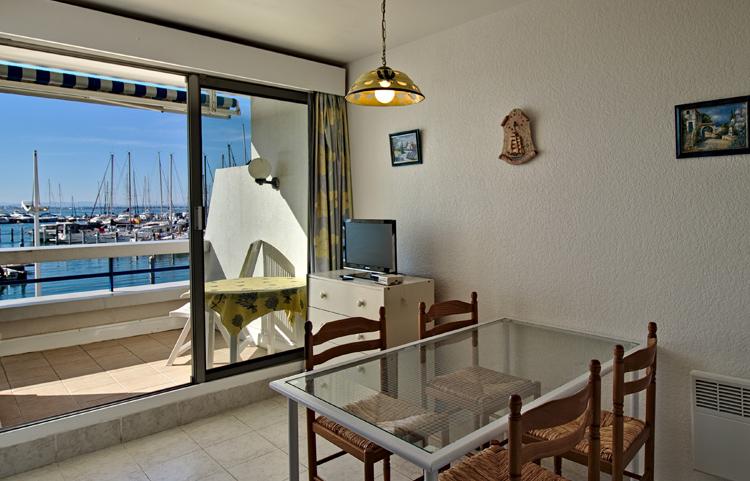 Couchage du séjour appartement P2 Résidence Ulysse