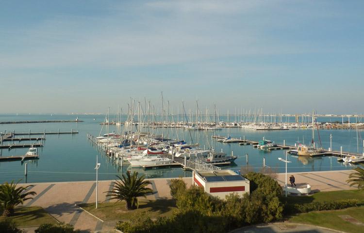 Vue exposition port